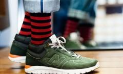 Kaos kaki dan sepatu