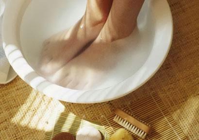 Penyebab dan Cara Menghilangkan Bau Kaki